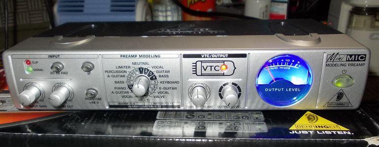 MIC800.JPG