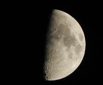 20190413 moon.jpg